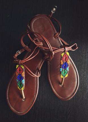 Летние стильные сандали taccardi