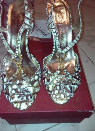 Продам босоножки (туфли)loretta pettinari,новые,италия,оригинал,кожа