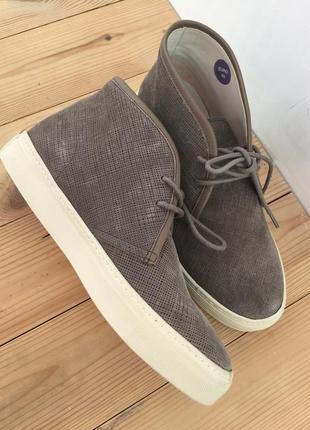 Итальянские ботинки  massimo dutti
