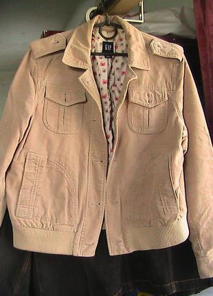 Куртка ветровка l без пуговиц