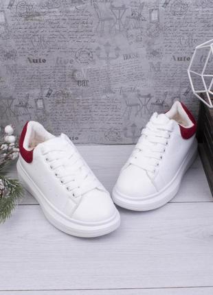 Стильные белые зимние кроссовки на меху платформе кеды криперы