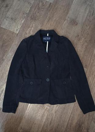 Италия! женский фирменный оригинальный пиджак armani jeans.