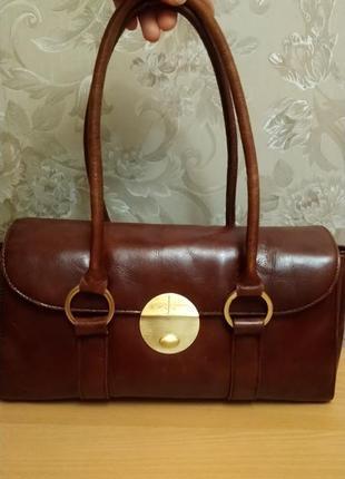 Коричневая кожаная сумка ( натуральная кожа)