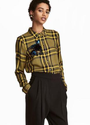 Супер стильная блуза, рубашка в клетку с вышитой птичкой
