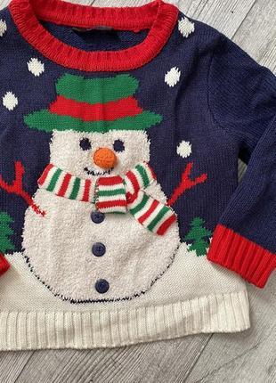 Продам классный новогодний свитер. george