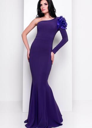Вечернее, выпускное платье в пол по фигуре
