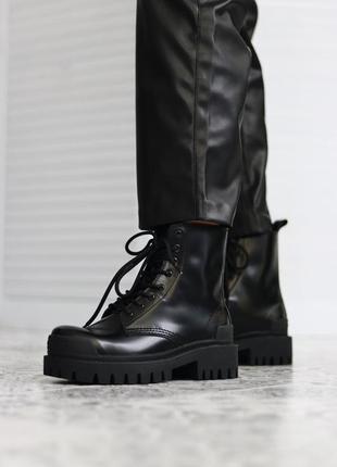 Женские кожаные осенние 🍂 ботинки/сапоги/ботильоны balenciaga strike черного цвета 😍