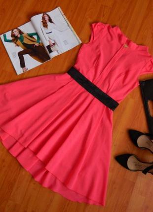 Шикарное платье с удлиненным низом и кружевной спиной tm modus