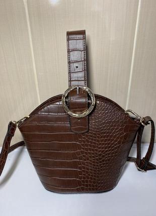 Красивая сумка f&f