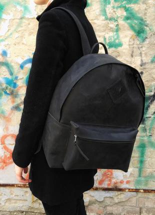 Кожаный чёрный рюкзак ручная работа