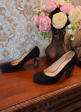 Натуральная кожа, замш классические туфли vero cuoio 39р стильные элегантные