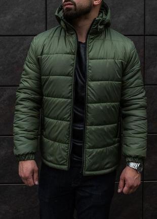 Зимняя мужска куртка, отличный вариант на зиму, теплая и удобная