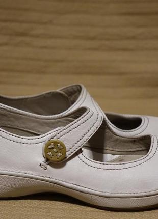 Легкие фирменные кожаные мокасины молочного цвета clarks active air англия 6 р.