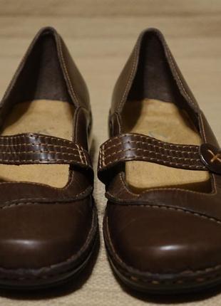 Добротные темно-коричневые кожаные туфли в мокасинном стиле clarks 4.( 23,4 см.)
