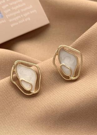 Cерьги серёжки винтаж ретро под золото с эмалью новые качественные
