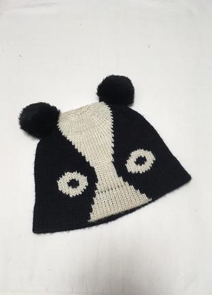 Веселая шапка панда