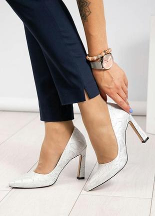 Кожаные туфли лодочки натуральная кожа туфли на каблуке