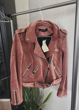 Мега стильная бархатная курточка в наличии😍