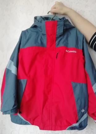 Куртка деми columbia.