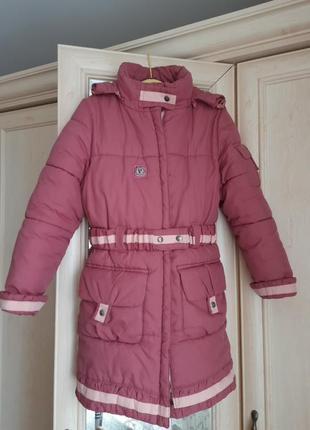 Зима!!!курточка-плащик на поясі з натуральним мєхом(відстібається на замку)