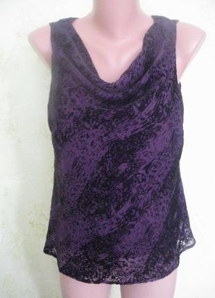 Блузка с бархатным рисунком