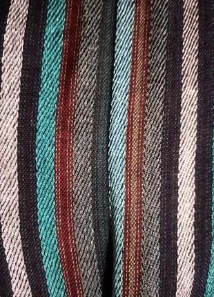 Большой нарядный шарф кашне в полоску скорее всего шелк или и шерсть