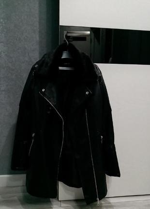 Продам дуже хорошу довгу куртку-косуху з екошкіри