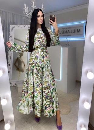 Шёлковое длинное платье в цветочный принт