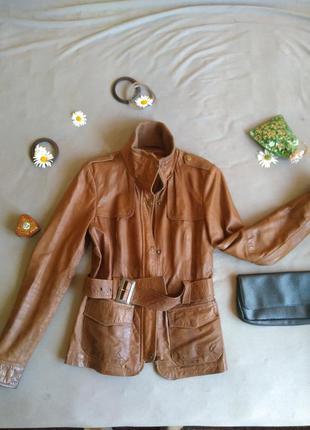 Крутая куртка кожанка bershka