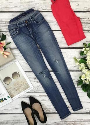 Комфортные джинсы от zara с легким дистрессингом  pn1837045  zara