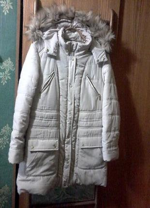 Теплая куртка-пальто молочного цвета на размер xl-xxl