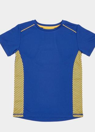 Классная спортивная футболка от dunnes stores на 6-7лет, англия