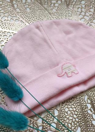 Миленькая шапочка со слоником