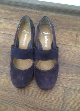 Натуральные туфли clarks