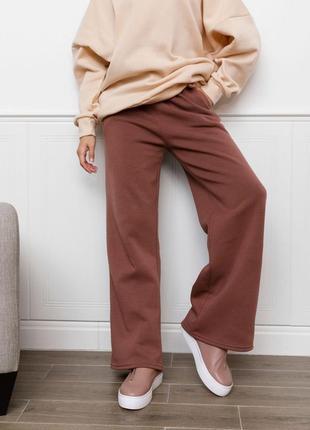 Коричневые утепленные флисом широкие штаны