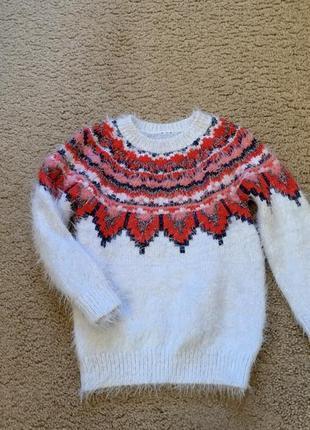 Тёпленький свитерок