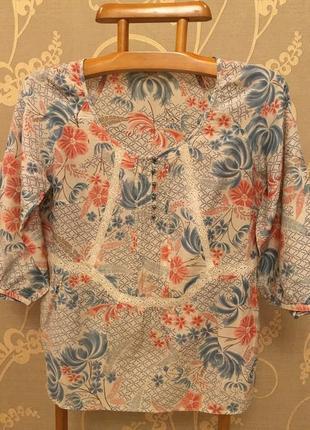 Очень красивая и стильная брендовая блузка..шёлк/коттон.