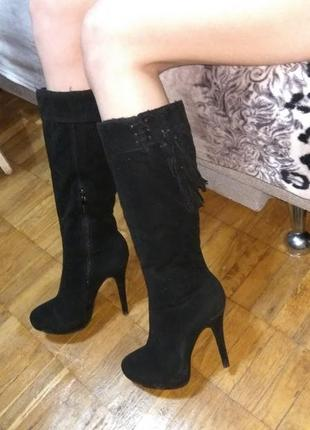 Замшевые сапоги черные
