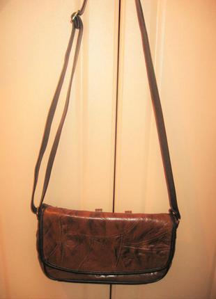 Классная сумочка под кожу на длинной ручке