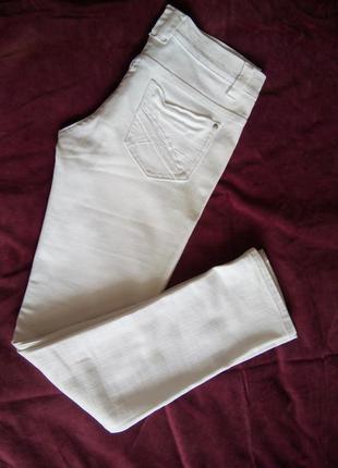 Отличные джинсы dorothy perkins