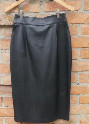 Классная юбка из кожзама фирмы  dilvin