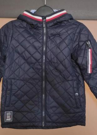 Стильная курточка для мальчика. куртка. reserved 4 года 104 см