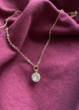 Женское ожерелье с кулоном