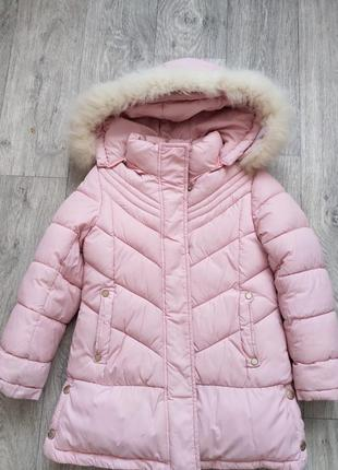 Зимнее пальто на девочку 122р.