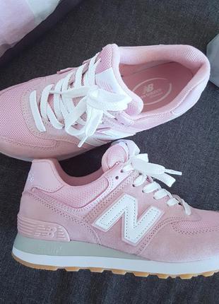 Кроссовки нежно розовые замшевые new balance 574 pink