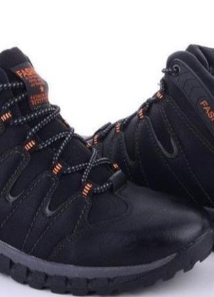 Зимове взуття1 фото
