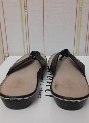 Кожаные шлепки английского бренда footglove.3 фото