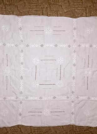 Шикарная квадратная скатерть с обробкой