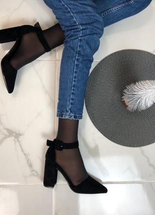 Открытые туфли с ремешком из экозамши4 фото