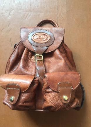 Продам шкіряний рюкзак